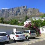Aussicht auf den Tafelberg vor dem Apartment