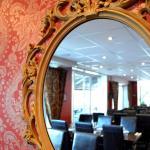 Meze Bar & Kök Spegelvägg