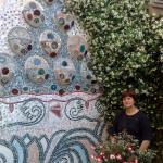 Grande Fioriera ispirata a Gaudì.