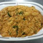 Stir fried crab meat with curry