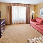 CountyInn&Suites Rome,GA Suite