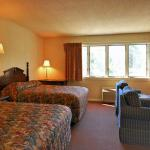 Econo Lodge Inn & Suites Groton Foto