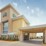 La Quinta Inn & Suites Dallas I-35 Walnut Hill Ln Foto