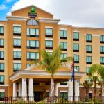 ‪Holiday Inn Express Hotel & Suites Orlando - International Drive‬