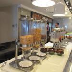 อาหารเช้ามี การคัดสรร วัตถุดิบที่ดี มาให้ รับประทาน ครับ