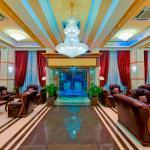 Hotel/Lobby Entrance