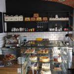 Kawa ciasta i delikatessy