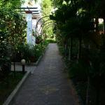 path in gardens