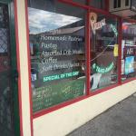 Pollys Pizza and Takeaway Rosebery
