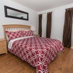 bedroom - queen