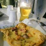 Phyllo pastry with octopus and passion fruit sauce