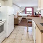 Kitchen Suite - Super 8 Grande Prairie
