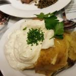 Ofenkartoffel mit Sauerrahm