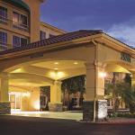 聖塔克拉利塔-巴倫西亞拉昆塔旅館及套房飯店