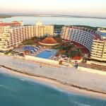 Crown Paradise Club Cancún