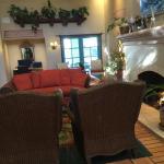 Lobby/fireplace