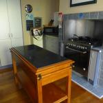 lovely well equipped kitchen