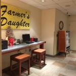 Foto de Farmer's Daughter Hotel