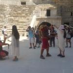 Turistleri eğlendiren gladyatörler