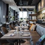 Kitchen & Table Sola