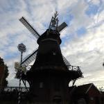 Die Hengstforder Mühle, in der Abend - Dämmerung.