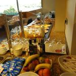 Buffet petit déjeuner à la tramontane