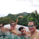 Fun in the Infinity Pool, Mariposa CR