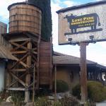 Lone Pine Smoke House照片