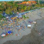 Batu Belig Beach Foto
