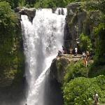Tegenungan Waterfall. Bali