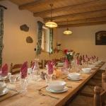 Enjoy hearty, nutritious 3 course evening meals, with wine