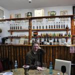 صورة فوتوغرافية لـ Tulipan Wine Bar and Book Shop