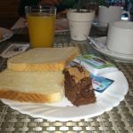 Desayuno con poca variedad pero muy rico