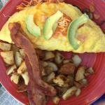 Veggie Omelette with avocado & a side of bacon