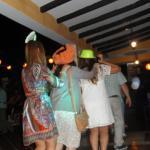 Festejando y bailando