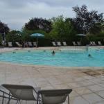 La piscine du camping Indigo Forcalquier