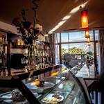 Bar (167455425)