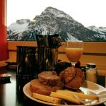 MittendrINN Arosa Bed & Breakfast Foto