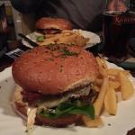 """Und heute wieder """"Lecker""""!! Really great Burger!!"""
