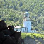 вид маяка с мыса Жонкиер