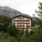 Photo of Corona Hotel