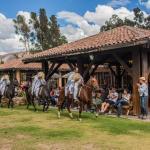 Terraza Wayra y Show de Caballos de Paso Peruano