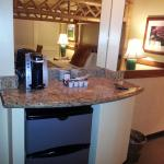 Nice Coffeemaker and fridge