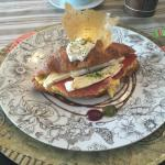 Vintage Croissant - Serano Ham & Brie Cheese