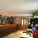 Zona del Bar tipica de la gente autoctona del Valle.