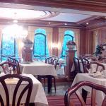 Salle du petit-déjeuner et du restaurant