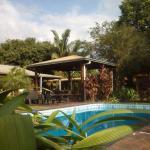 Los Tangueros la piscina