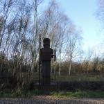 Skulptur vor Natur