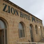 Photo de Mount Zion Hotel