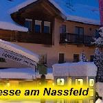 Unser Hotel & Appartements SAMERHOF**** am Nassfeld in Tröpolach mit bester Lage mitten im Skige